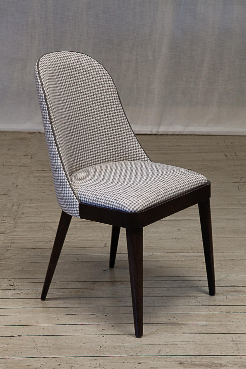 Iverys dining chair